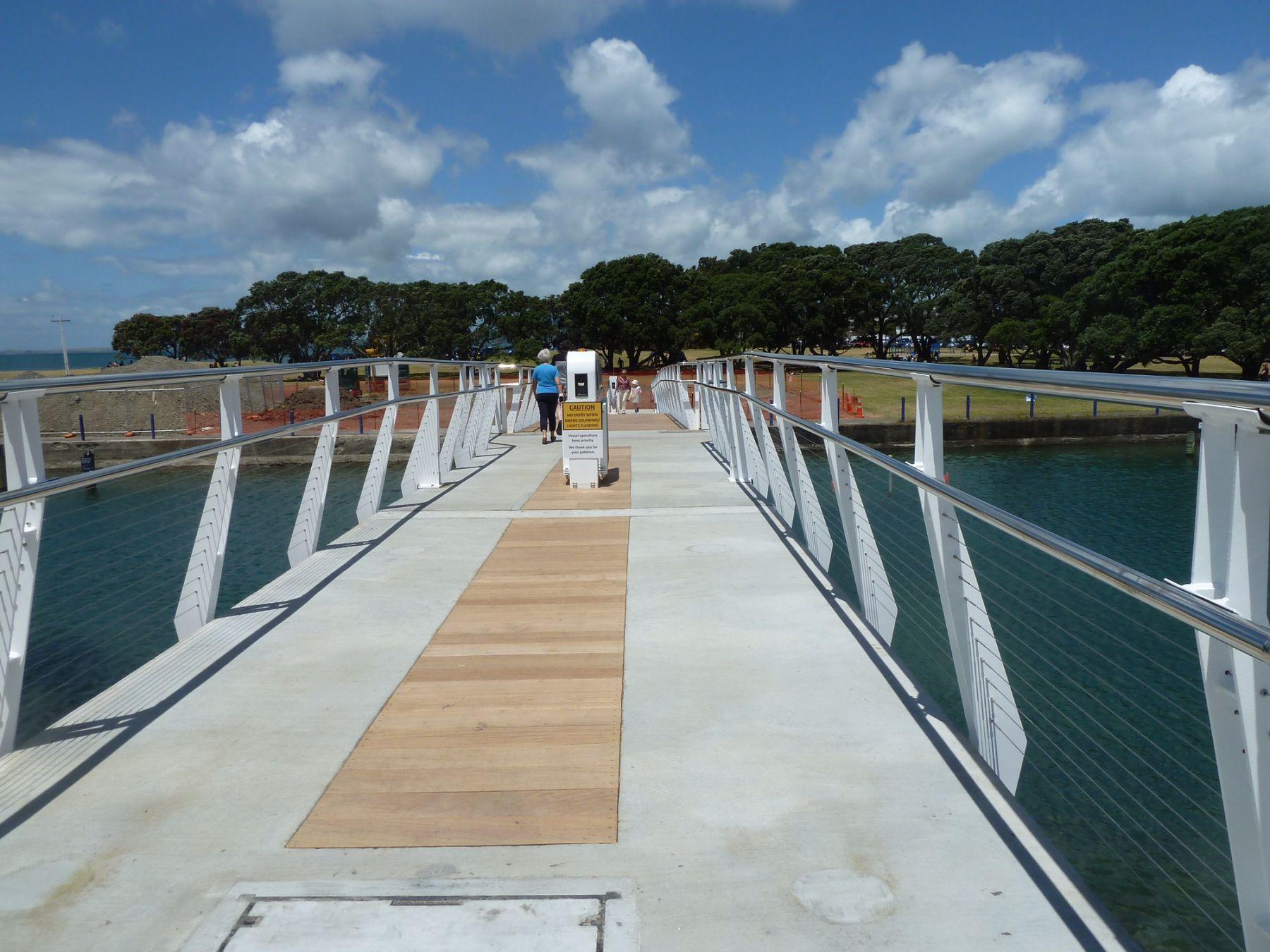 Wairau Stream Pedestrian Bridge Culham Engineering