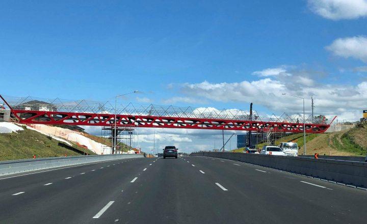 Tirohanga Whanui (Spencer Road) Bridge